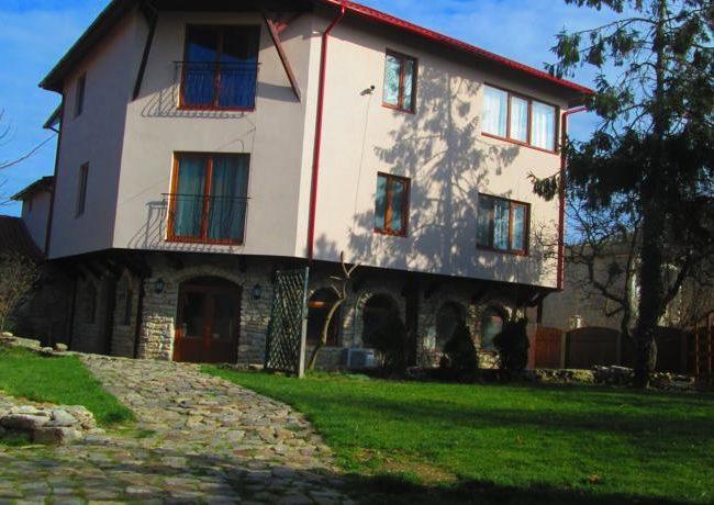 Vila Vamabel House