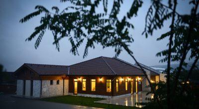 Casa Dinainte